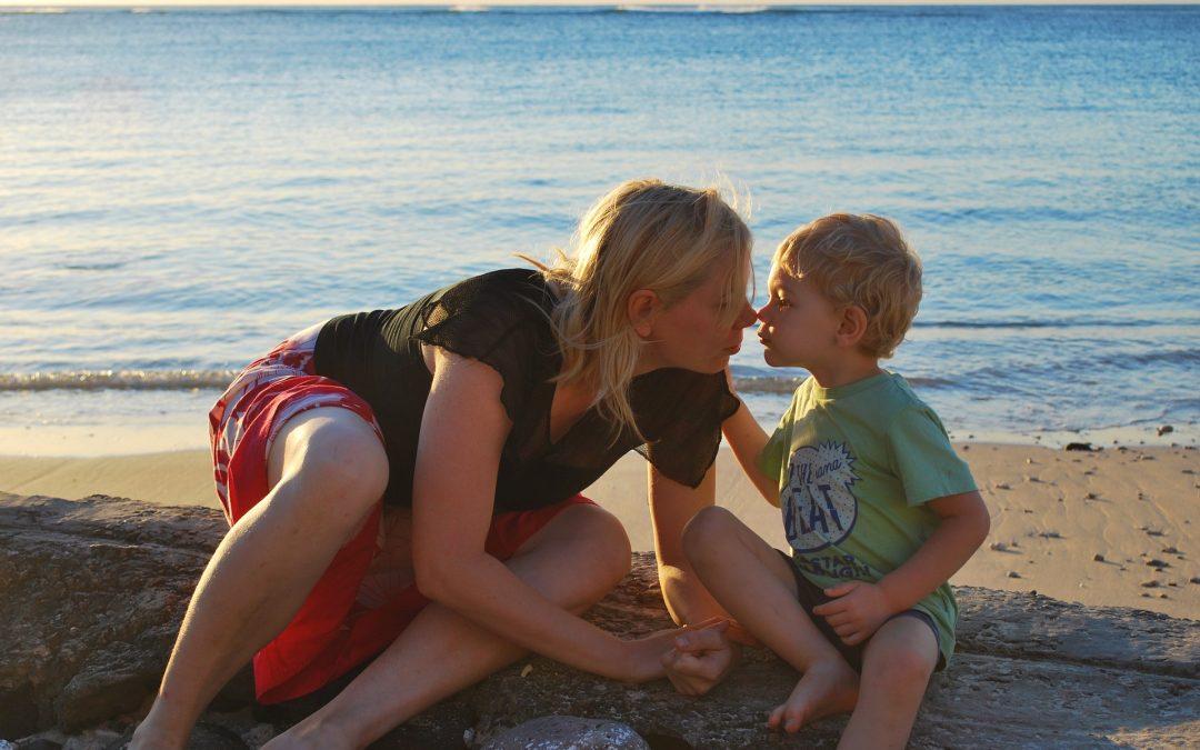 Mãe desatenta precisava de filho atento